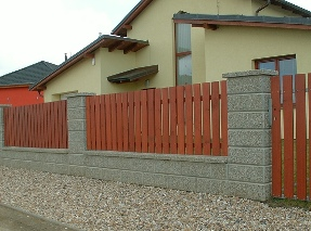 Dřevěný plot - Levné ploty.cz